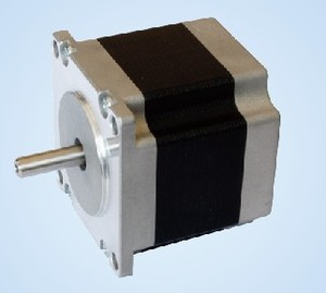 1.2° 57BYGH3P 三相混合式步进电机